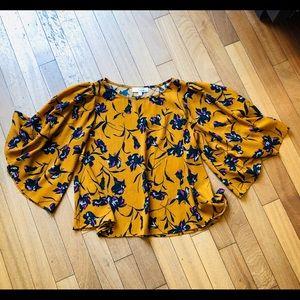 Isla Maude floral print top
